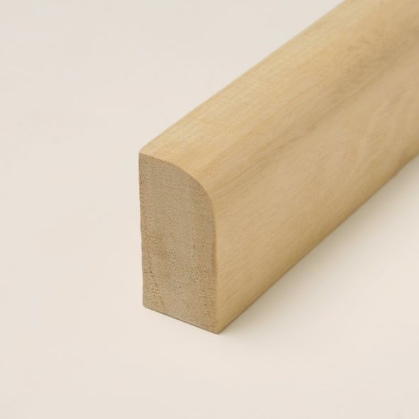 Massivholz Sockelleiste 40mm abgerundet - Ahorn gelackt